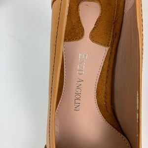 Enzo Angiolini Shoes - Enzo Angiolini Carmel Colored Pumps with Gold NWOB